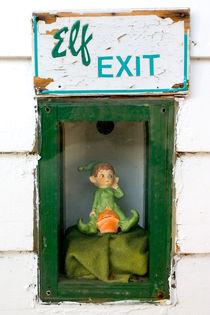 Elf Exit, Dubuque, Iowa by Steven Ralser