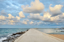 Ostuni port, Apulia, mediterranean sea, Italy - pier, sea, clouds and sky von tanialerro