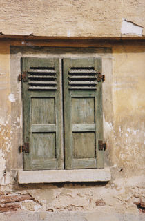 Green tuscan window von stilcodex