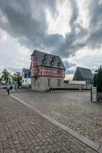 Dunkle Wolken überm Bischofssitz 32 von Erhard Hess