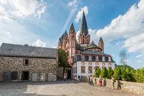 Schlosshof mit Dom in Limburg 63 von Erhard Hess