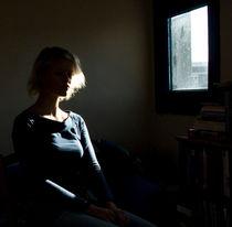 Blond girl in sunlight by Floor Fortunati