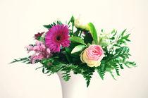 Blumenstrauß in der Vase by Jörg Boeck