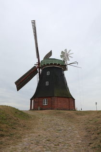 Windmill  by haike-hikes