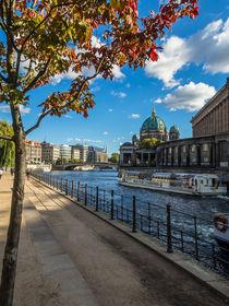 Berlin an der Spree - im Herbst I von elbvue von elbvue