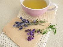Kräutertee mit Lavendel by Heike Rau