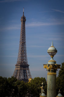 Eiffel Tower and boulevard by Juan Carlos Lopez
