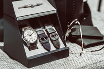 Stylish Men Watch In Box von Radu Bercan