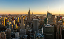 New York Cityscape at Dusk von Russell Bevan Photography