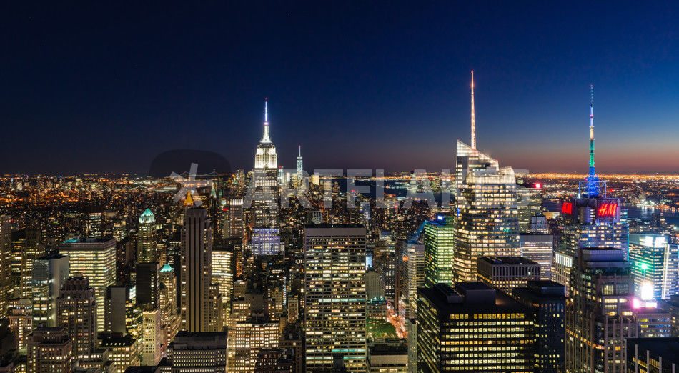 Nyc Night Colour Photography Art Prints And Posters By Russell Bevan Photography Artflakes Com