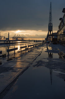 Dockland nach dem Regen by Michael  Beith