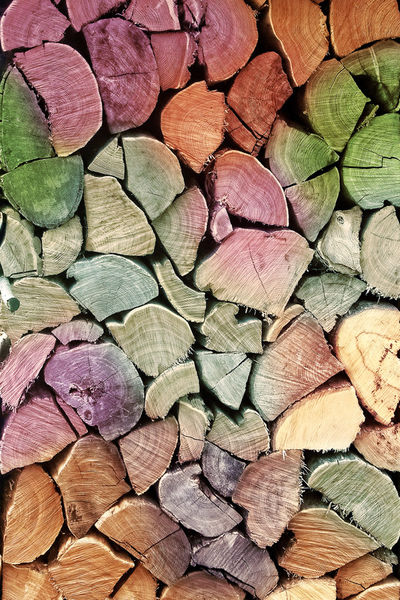 Holzstapel-bunt-gross-mp-faa