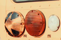 Stop Lights On American School Bus von Radu Bercan