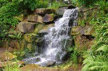 Kleiner Wasserfall von Gabi Siebenhühner