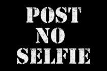 Post no selfie by wamdesign