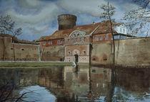 Spandauer Zitadelle mit Festungsgraben by Heinz Sterzenbach