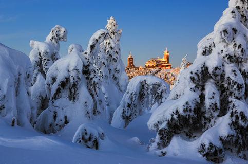 Winter-am-fichtelberghaus