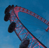 The London Eye at night by Leighton Collins