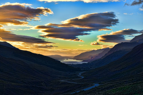 Mountain-sunset-loch-maree