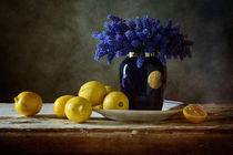 Blaue Blumen Und Zitronen by Nikolay Panov