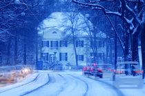 verschneite Strasse  mit Villa, Bremen, Deutschland  by Torsten Krüger
