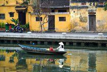 Flussufer in Hoi An by Bruno Schmidiger