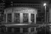 Stuttgart bei Nacht - Friedrichsbau#1 von Colin Utz