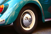 Der schöne alte VW Käfer, nur ein Teil und doch immer erkennbar! von Simone Marsig