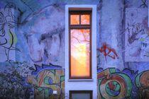 Altes Fenster bei Abenddämmerung, Ostertorviertel, Viertel, Bremen by Torsten Krüger