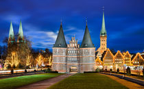 Holstentor in Lubeck von Michael Abid