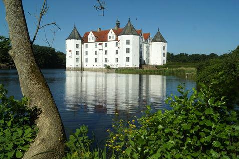 Schlossgluecksburg-beiflensburgjun2016