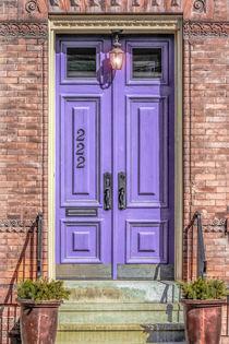 The Lavender Door von Jon Woodhams