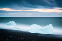 JÖKULSARLON V by hollandphoto