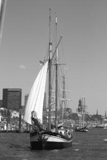 """Sailing boat / Segelboot """"zuiderzee"""" 2016 in Hamburg, Hafengeburtstag by Simone Marsig"""