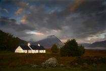Dawn at Black Rock Cottage by chris-drabble