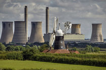 Leverton Windmill and West Burton Power Station by chris-drabble