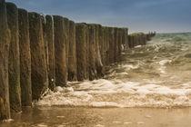 Wellenbrecher der Ostsee von jazzlight