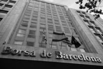 Stock Exchange building in las ramblas street in Barcelona von stephiii
