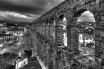 Roman Aquaeduct at Dusk, Segovia, Spain  von Torsten Krüger