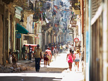 Streetlife in Havanna by Jens Schneider