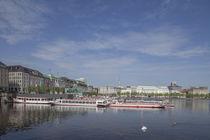 Jungfernstieg mit Binnenalster und Schiffsanleger, Hamburg, Deutschland von Torsten Krüger