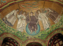 Christ surrounded by two angels von Byzantine School