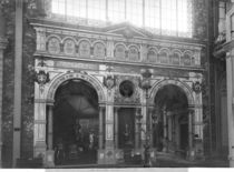 Portico of the Silversmith Pavilion at the Universal Exhibition von Adolphe Giraudon
