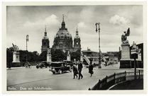 Berlin, Dom mit Schlossbrücke / Fotopostkarte, um 1939 by AKG  Images