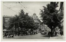 Berlin, Straßenszene / Fotopostkarte by AKG  Images