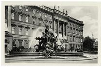 Berlin, Neptunbrunnen / Fotopostkarte by AKG  Images