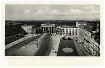 Berlin, Potsdamer Platz mit Brandenburger Tor / Fotopostkarte um 1942 von AKG  Images
