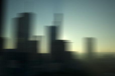 Ffm skyline gegenlicht blur 0