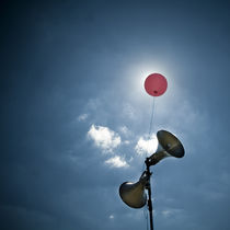 Lauter Luftballon II by Thomas Schaefer