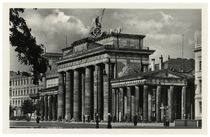 Berlin, Brandenburger Tor / Fotopostkarte um 1935 by AKG  Images